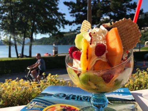 20 ristorante riviera calceranica al lago trento
