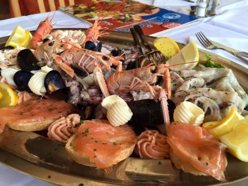 71 ristorante riviera calceranica al lago trento